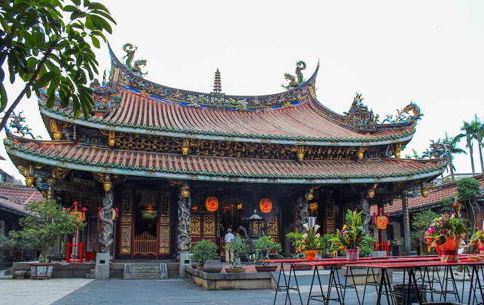 Main hall of Bao'an Temple