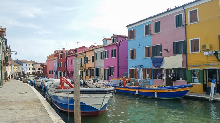 Burano: Colorful Houses